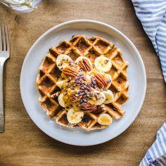 Oatmeal Waffles (vegan, gluten-free) - Vancouver with Love Oatmeal Waffles, Vegan Oatmeal, Pancakes And Waffles, Baby Food Recipes, Vegan Recipes, Vegan Food, Vegan Lemon Bars, Waffle Iron Recipes, Vegan Muffins