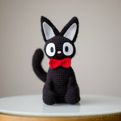 Hey Studio Ghibli fans! Make this cute Jiji amigurumi from Kiki's Delivery Service with Vanna's Choice and this easy to follow photo tutorial from All About Ami!