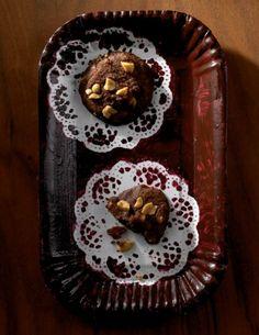 Schoko und Nuss? Zu den Kakao-Erdnuss-Cookies können wir nicht Nein sagen.