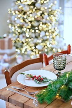 Creative Christmas Dining Ideas - Town & Country Living
