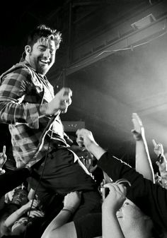 This pic makes me happy - Chino is the man!! <3