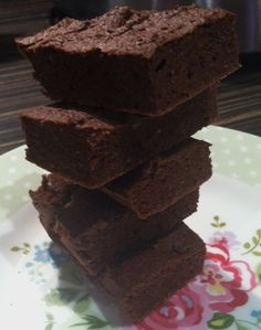 Chocolate Chickpea Protein Brownies by #nicsnutrition