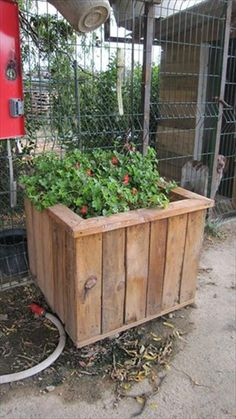 Pallet Wood Planter - 150+ Wonderful Pallet Furniture Ideas | 101 Pallet Ideas - Part 16