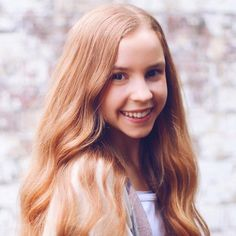 Anna Mcnulty, New Profile Pic, Gymnastics Videos, Contortionist, Ballet, Dance Moms, Role Models, Photoshoot, Long Hair Styles