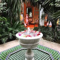 Regram @paulahardy : A green thought in a green shade @lhotelmarrakech #telegraphtravel #garden #delights #travelgram