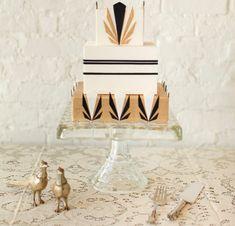 vintage wedding cake www.tablescapesbydesign.com https://www.facebook.com/pages/Tablescapes-By-Design/129811416695