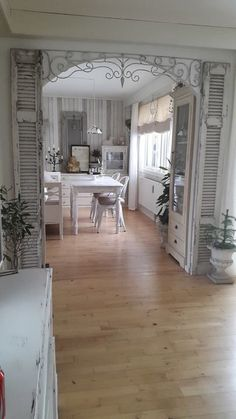 Enchanted Shabby Chic Living Room Decoration Ideas12