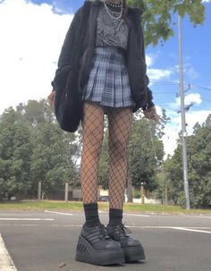 Swaggy Outfits, Edgy Outfits, Teen Fashion Outfits, Mode Outfits, Cute Casual Outfits, Pretty Outfits, Aesthetic Grunge Outfit, Aesthetic Clothes, Alternative Outfits