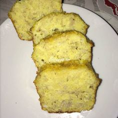 Budinca de banane cu gris - Flaveur Cheesecakes, Baby Food Recipes, Food To Make, French Toast, Good Food, Food And Drink, Sweets, Vegan, Meals