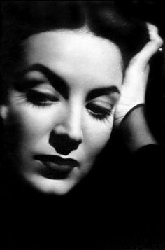 María FÉLIX, 1948
