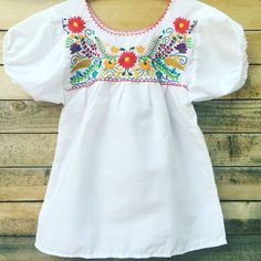 Womens Embroidered Mexican Top