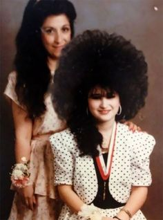 you didn't finish your hair – So Funny Epic Fails Pictures Weird Family Photos, Awkward Family Photos, Bad Photos, Awkward Pictures, Family Pics, No Way Girl, Vintage Magazine, 80s Hair, Epic Fail Pictures