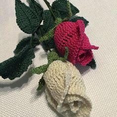 Free Crochet Long Stem Rose Pattern : 1000+ ideas about Crochet Rose Patterns on Pinterest ...
