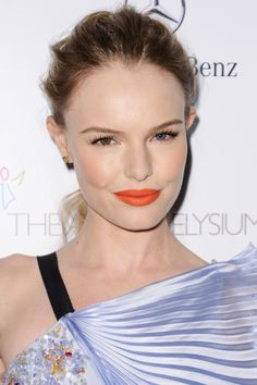 Orange Lipstick: Better Than Red? Nah never but a good change every now and then...#refinery29