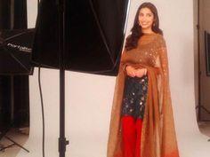 Mahira Khan to Start Shooting For 'Raees' Soon http://www.ndtv.com/video/player/news/mahira-khan-to-start-shooting-for-raees-soon/364645