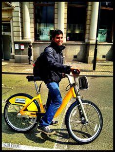 Yellow TdF Boris Bike in London