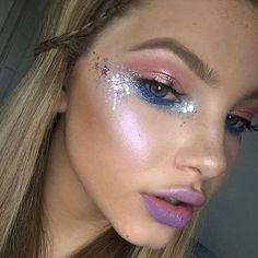 350 best images about rave makeup Festival Makeup Glitter, Glitter Makeup, Sparkle Makeup, Music Festival Makeup, Glitter Eye, Glitter Hair, Music Festivals, Blue Glitter, Coachella Make-up
