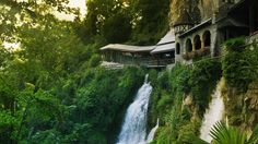 Former monastery at Saint Beatus Caves near the village of Beatenberg, Switzerland (© Getty Images) (video) – 2014-04-04