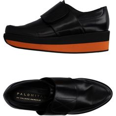 Palomitas By Paloma Barceló Moccasins (2,885 MXN) ❤ liked on Polyvore featuring shoes, orange, orange wedge shoes, wedge sole shoes, mocassin shoes, wedge moccasins and rubber sole wedge shoes