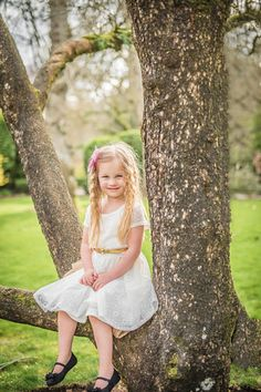 spring session bohemian floral vintage lace angelic girl sitting in tree Deepwood Estates Salem Oregon