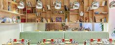 Hornacinas de madera · manelado + almacenmiento · Hotel Joke Paris