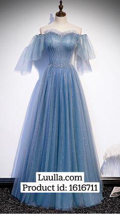 Pretty Prom Dresses, Prom Dresses Blue, Dresses For Teens, Elegant Dresses, Cute Dresses, Ball Gowns Evening, Formal Evening Dresses, Victorian Era Dresses, Fairy Dress