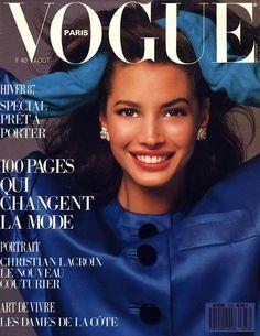 Christy Turlington photographiée par Bill King en couverture du numéro d'août 1987 de Vogue Paris.