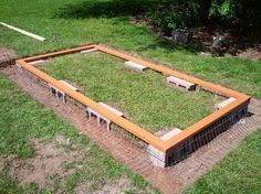 Great idea to make a chicken coop foundation safe from preditors #chickencoopideas