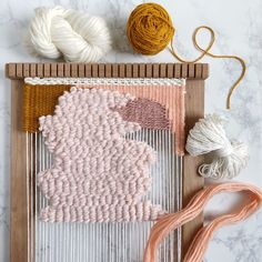 More progress on my Intermediate Weaving e-course in between personal projects, collaboration projects, scheduling workshops, and school… Macrame Wall Hanging Diy, Weaving Wall Hanging, Weaving Art, Tapestry Weaving, Loom Weaving, Wall Hangings, Weaving Projects, Macrame Projects, Diy Arts And Crafts