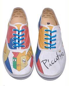 Dogo Schuhe und Taschen sind außergewöhnlich und flippig. Ein besonderer Clou der Kollektion sind   Schuhe und Taschen aus Papier