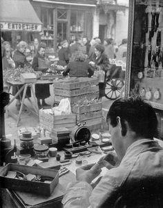 le réparateur de montres, ca 1950, Willy Ronis.