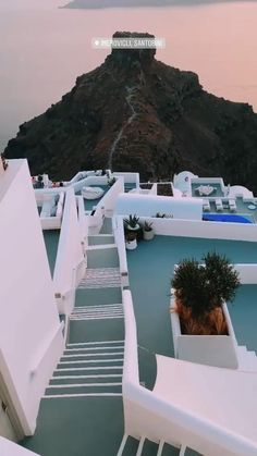 Travel Photography Discover Santorini Travel Diary of Beautiful Photos Of Nature, Beautiful Places To Travel, Cool Places To Visit, Vacation Places, Dream Vacations, Vacation Spots, Italy Vacation, Santorini Travel, Greece Travel