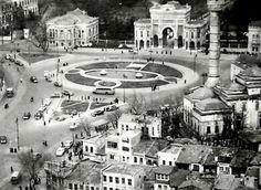 1950'lerden nadir bir Beyazıt Meydanı fotoğrafı.(18) Twitter
