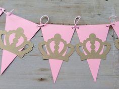 Little Princess Pink and shimmery gold Baby Shower / Little Princess birthday banner / Garland - Products - Baby Tips Princess Theme, Baby Shower Princess, Baby Princess, Birthday Party Themes, First Birthday Parties, Princess Birthday Party Decorations, Gold Birthday, Birthday Bash, Fuchs Baby