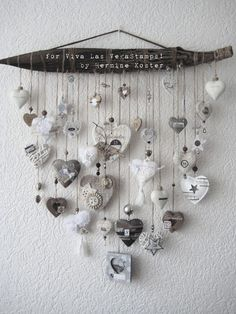 December daily project for Viva Las VegaStamps – Hermine's Place Carillons Diy, Decoration Shabby, Diy And Crafts, Arts And Crafts, Diy Wind Chimes, Driftwood Crafts, Driftwood Seahorse, I Love Heart, Happy Heart