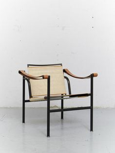 #jwbchair Le Corbusier, Pierre Jeanneret & Charlotte Perriand - Manufactured in 1928