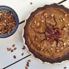 spiced pecan pumpkin pie