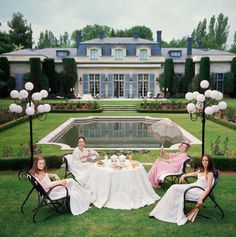 The Iconic Photographs of Slim Aarons Mehr