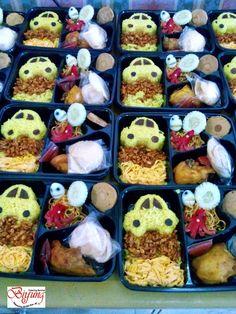 Birthday Food Lunch Bento Box Ideas For 2019 Bento Box Lunch For Kids, Bento Kids, Lunch Ideas, Kid Desserts, Healthy Desserts, Party Desserts, Kids Yogurt, Ramadan Recipes, Food Packaging