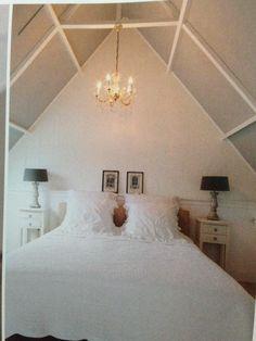 plafond met witte balken