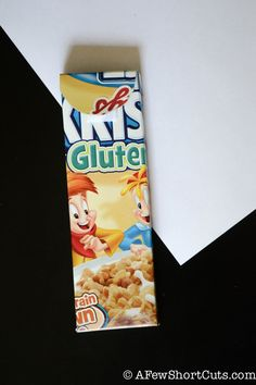 Fun recycled project! Make this DIY Pencil Case from a cereal box! #Craft