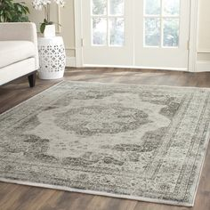 Enhance the overall look of your space with this stunning Safavieh vintage viscose rug. This gray viscose rug features a subtle oriental pattern that easily complements your existing decor. Grey Rugs, Beige Area Rugs, Transitional Area Rugs, Accent Rugs, Vintage Lighting, Online Home Decor Stores, Online Shopping, Throw Rugs, Colorful Rugs