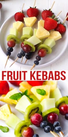 Fruit Skewers or kebabs are made with fresh fruit that is threaded onto wooden sticks and served as a dessert or a party appetizer. Individual Appetizers, Skewer Appetizers, Appetizers For Party, Appetizer Recipes, Easter Appetizers, Individual Fruit Cups, Baby Shower Appetizers, Easter Recipes, Fruit Party