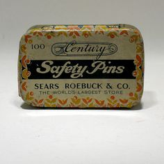 Vintage Safety Pin Tin - Sears Roebuck & Co - 100 Century Safety Pins - The Worlds Largest Store - Sewing - Clothing Vintage Tins, Retro Vintage, Small Tins, Vintage Packaging, Sewing Notions, Vintage Photos, Vintage Outfits, Buy And Sell, Antiques