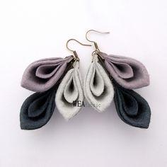 WEAfabric nodigt u uit om oorbellen gemaakt van hoge kwaliteit vilt kopen. Zeer licht en vrouwelijk. Totale lengte ongeveer 7,5 cm. Haken allergie. Producten WEAfabric knock-out netjes verpakt in...