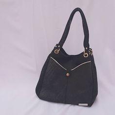 #leatherbags #lumiere . . #modafemenina #itgirlstyle #it #tendencias #accesorios #carteras #verano2017 #instamoda #ideaslook #bags #fashionblogger #fashionbag