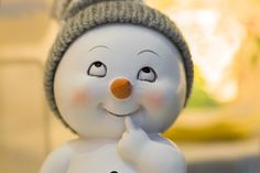 Free Image on Pixabay - Winter, Snowman, Gift, Christmas 1366x768 Wallpaper, Pop Up Market, Cute Snowman, Design Graphique, Paint Designs, Sell Your Art, Online Art, Cute Wallpapers, Free Images
