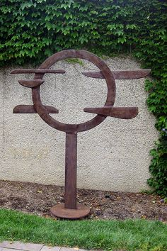 Washington DC - Hirshorn Museum and Sculpture Garden - Voltri XV by David Smith by wallyg, via Flickr