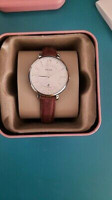 """Jacqueline Brown Leather Watch. Condition is """"Used"""". Box has a scratch on the lid. Platform: Jacqueline. Strap Material: Genuine Leather. Fossil Leather Watch, Brown Leather Watch, Fossil Jacqueline, Fossil Watches, Stainless Steel Watch, New Shoes, Platform, Box, Snare Drum"""