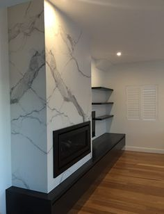 Fireplace Feature Wall, Marble Fireplace Surround, Build A Fireplace, Family Room Fireplace, Bedroom Fireplace, Home Fireplace, Marble Fireplaces, Fireplace Remodel, Modern Fireplace